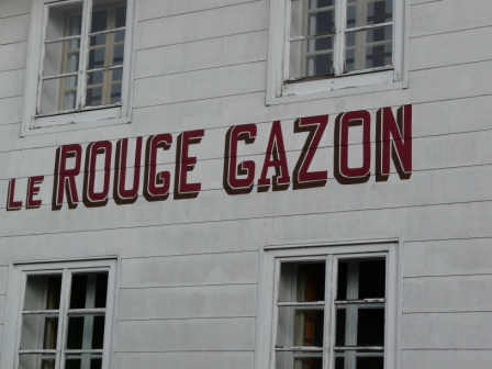 Le Rouge Gazon